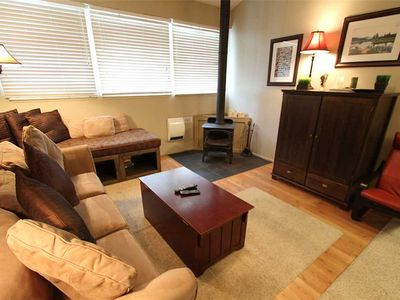 Photo for Pet Friendly, 1 Bed/1 Bath, Great Complex Amenities