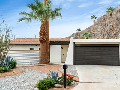 Photo for DESERT RETREAT 4Bd, Pool, Spa and Privacy in La Quinta with Mountain Views