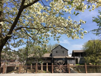 Springtime in Pigeon Forge. Old Mill District 9 Minutes away.