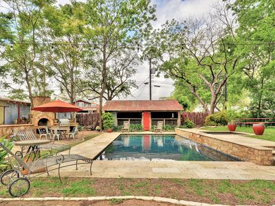 Photo for Cozy updated Garden House in historic downtown Boerne with pool and bocce court