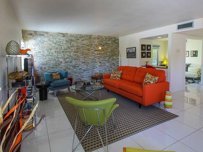 Photo for Adorable and stylish mid-century vacation condo.