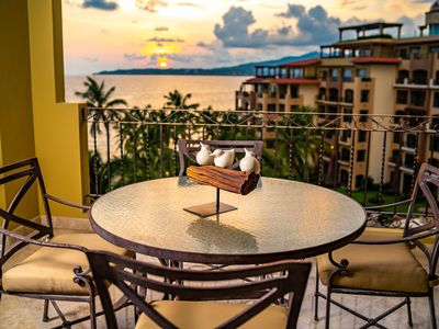 Photo for Villa La Estancia SIXTH FLOOR STUNNER — BEST VIEW IN THE RESORT!