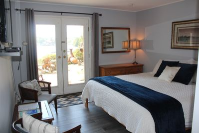 King Cove B&B room and private entrance