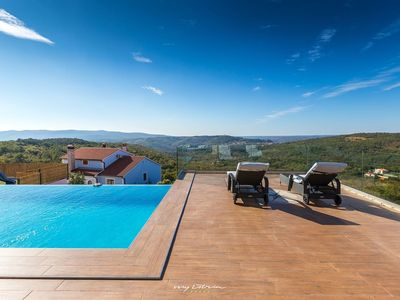 Photo for Modern villa with private pool near Labin