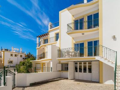Photo for Holiday house Alvor for 1 - 6 persons with 4 bedrooms - Holiday house