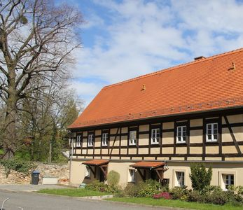 Photo for 10 km to Dresden - Modern apartment in the farm with her own horses, garden pool