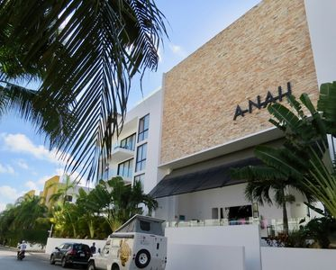 Photo for Anah Penthouse  2br. With private roof top By Oceanfront