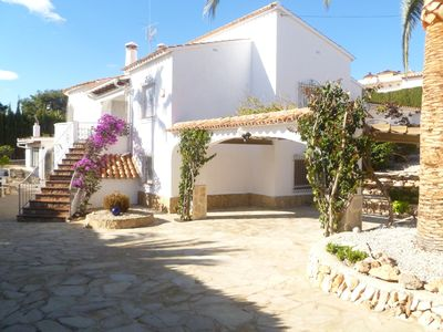 Photo for Cosy villa with private pool in Calpe