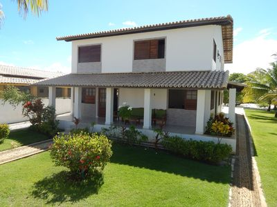 Photo for House in Guarajuba: 6 bedrooms (4 with air) and 200m from the beach