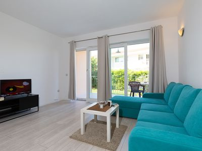Photo for Beautiful studio for max 3 persons with terrace in Funtana by the sea