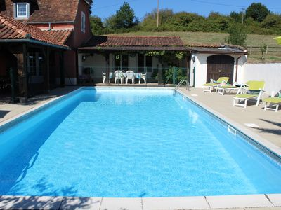 Photo for Large 4 Bedroomed Farmhouse with Luxuary Private 12mX5m swimming pool.