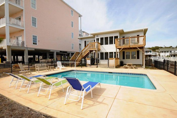 813 Shell Cottage Oceanfront 2 Living Rooms And Kitchens Pool North Myrtle Beach Myrtle