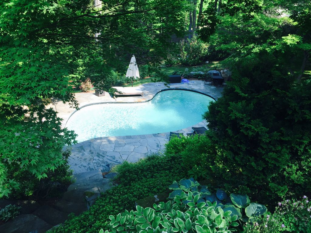 Private Resort Living in Westport with shad... - VRBO