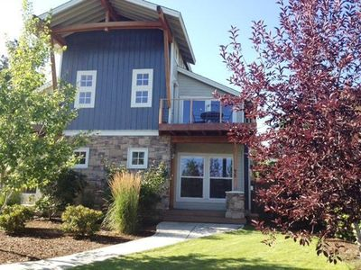 Photo for Luxury Townhome Bend OR Old Mill District Close to Everything Stunning Views