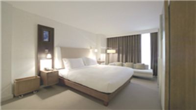 Photo for New York City!~1 Bdrm Suite At Wyndham Midtown 45