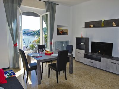 Photo for Comfortable large apartment in the center of the bay of Le Grazie Portovenere