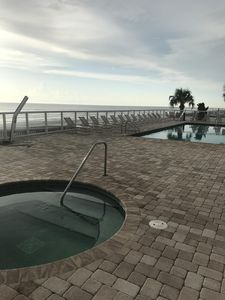Heated pool and hot tub( Pool not heated in January and February)