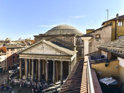 Photo for Stunning Pantheon View from terrace
