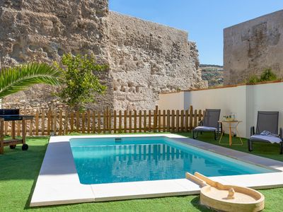 Photo for Amazing House 5 Bd in Albaicín with private Terrace & Pool. San Nicolas Belvedere