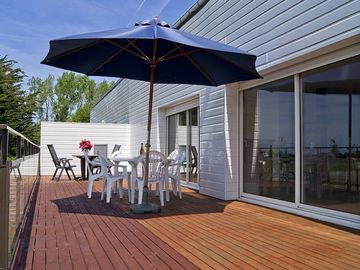 Search 661 holiday rentals