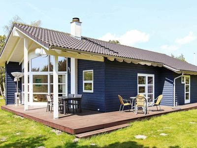 Photo for Comfortable Holiday Home in Rødby near Sea