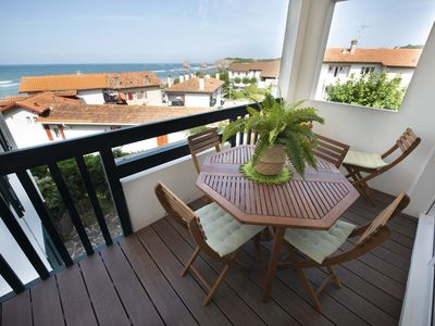 Photo for T3 *** (Duplex), 2 BATHROOMS. SEAVIEW. A100 MTS BEACH. PARKING, WIFI. lOGEMENT1553581