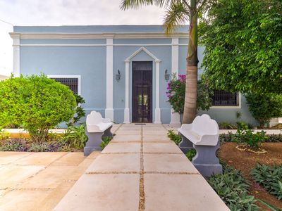 Photo for Casa Azul, Colonial and peaceful mansion