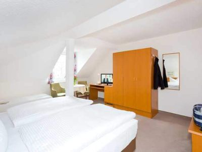 Photo for large double room - REB Ferienpension am Neuensiener See with lake view