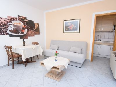 Photo for 1BR Apartment Vacation Rental in Okrug Gornji, Splitsko-dalmatinska županija