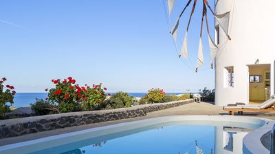 Photo for Villa Windmill 2, Oia, Santorini 2br upto 5guests Private Pool Sea View