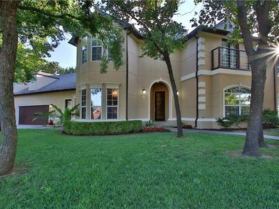 Photo for Spacious home near I-35 in Edmond