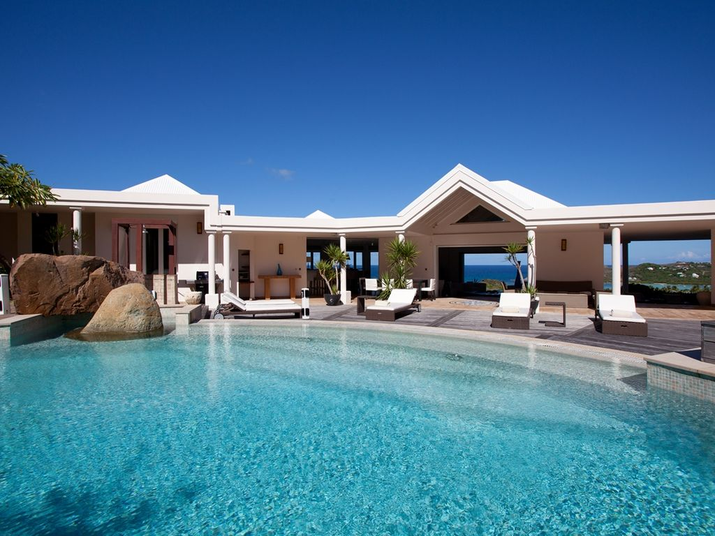 Arrowmarine - luxury 4 bedrooms serviced villa - Travel Keys