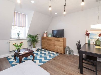 Photo for Apartment-Budget-Ensuite with Bath-Street View