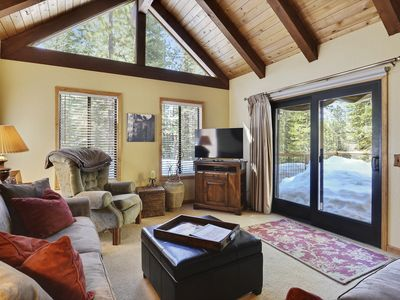 Photo for Tahoe Donner Vacation Lodge w/ Private Hot Tub