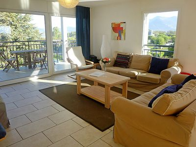Photo for 3 bedroom Apartment, sleeps 8 with FREE WiFi and Walk to Beach & Shops