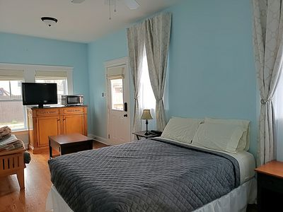 Photo for Private guest suite walking distance to Mardi Gras parades