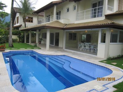 Photo for Guaecá house with accessibility for wheelchair. 5 suites and private pool