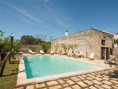 Photo for Masseria Tarsia Incuria: Authentic Farmhouse with private pool