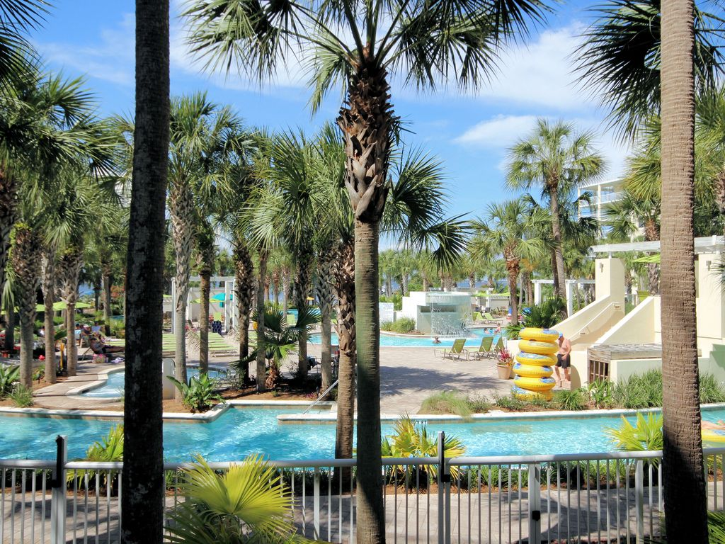 Destin West Lanai Unit Steps From The Lazy River Book