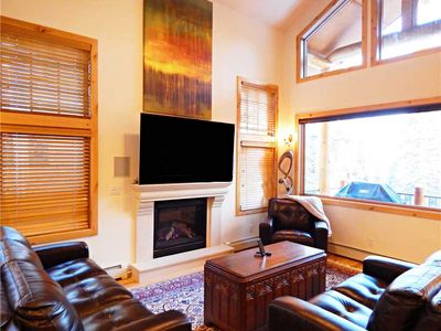 Photo for Winter Glen Townhome - luxurious 4 bedroom with private hot tub and mountain views & Pet friendly!