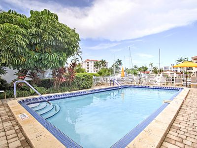 Photo for Resort Condo w/Pool - 1 Mi to Ft Lauderdale Beach!