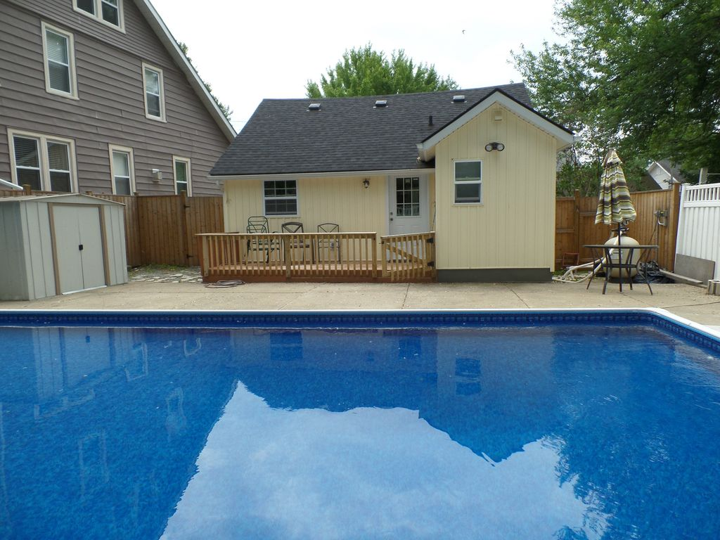 beach cottage w inground pool book now for summer 2 br
