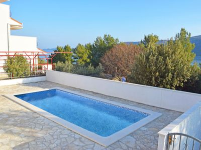 Photo for One bedroom Apartment, sleeps 4 in Marina with Pool, Air Con and WiFi