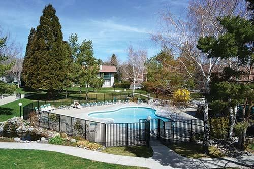 Hotels vacation rentals near sparks heritage museum for Cabin rentals in nevada