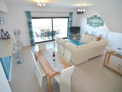 Photo for 2 bedroom luxury, ultra modern stylish apartment Roof terrace Free WiFi. 9477/AL