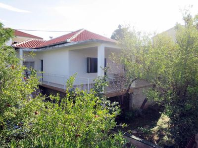 Photo for 3 bedroom Villa, sleeps 6 in Rovanjska with Air Con and WiFi