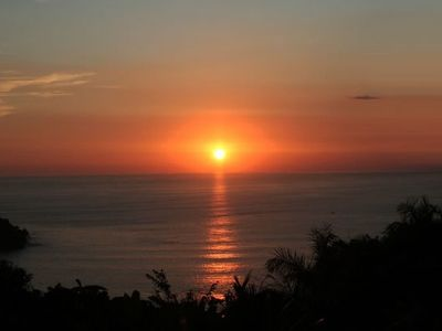 Photo for Luxury Ocean/Sunset view, Heart of Manuel Antonio, Walk-to-Everything