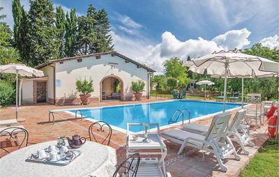 Photo for 3 bedroom accommodation in Colle Val d'Elsa
