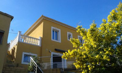 Photo for Villa 120m², 3 Bedrooms sea view and Toulon, 5 min walk port, beaches, shops.