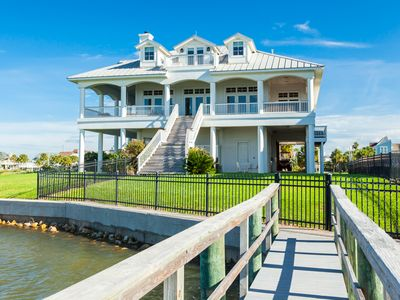 Photo for Luxurious Bayfront 6BR, 6BA Estate w/ Infinity Pool, Game Room & Private Dock